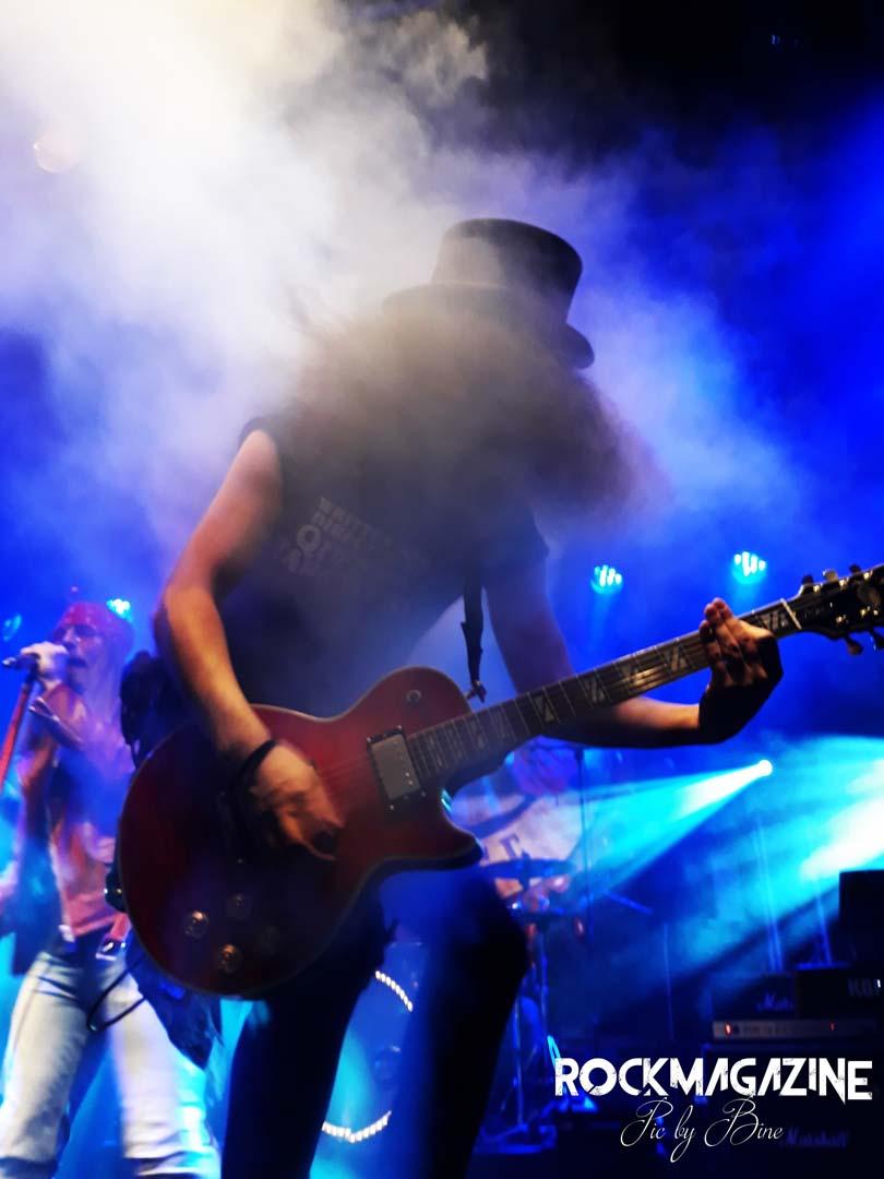 hollywood-roses-live-foto-review-29-12-18-zuckerfabrik-ennst