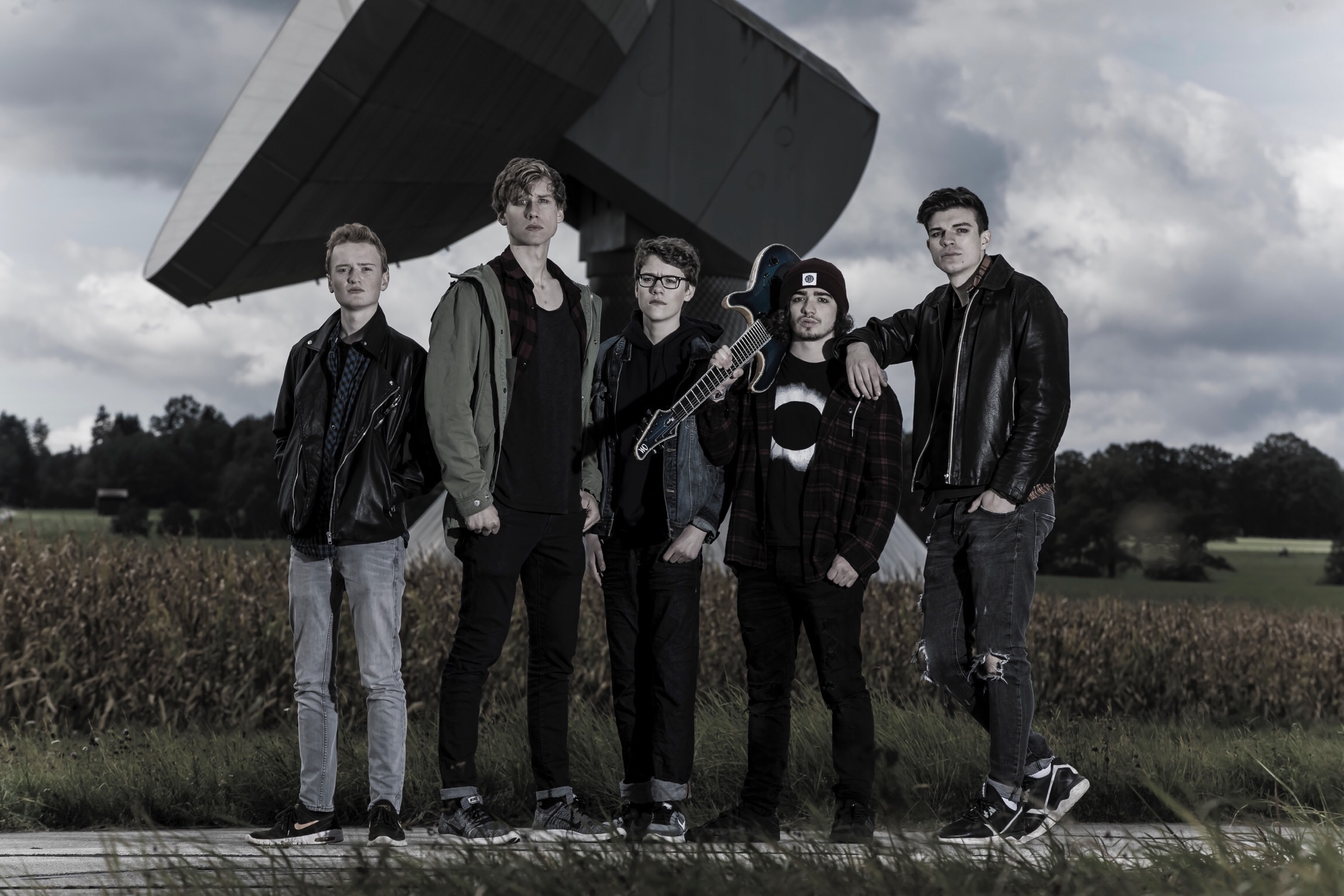 beyond-brigthness-crowdfunding-aktion-zum-debut-album