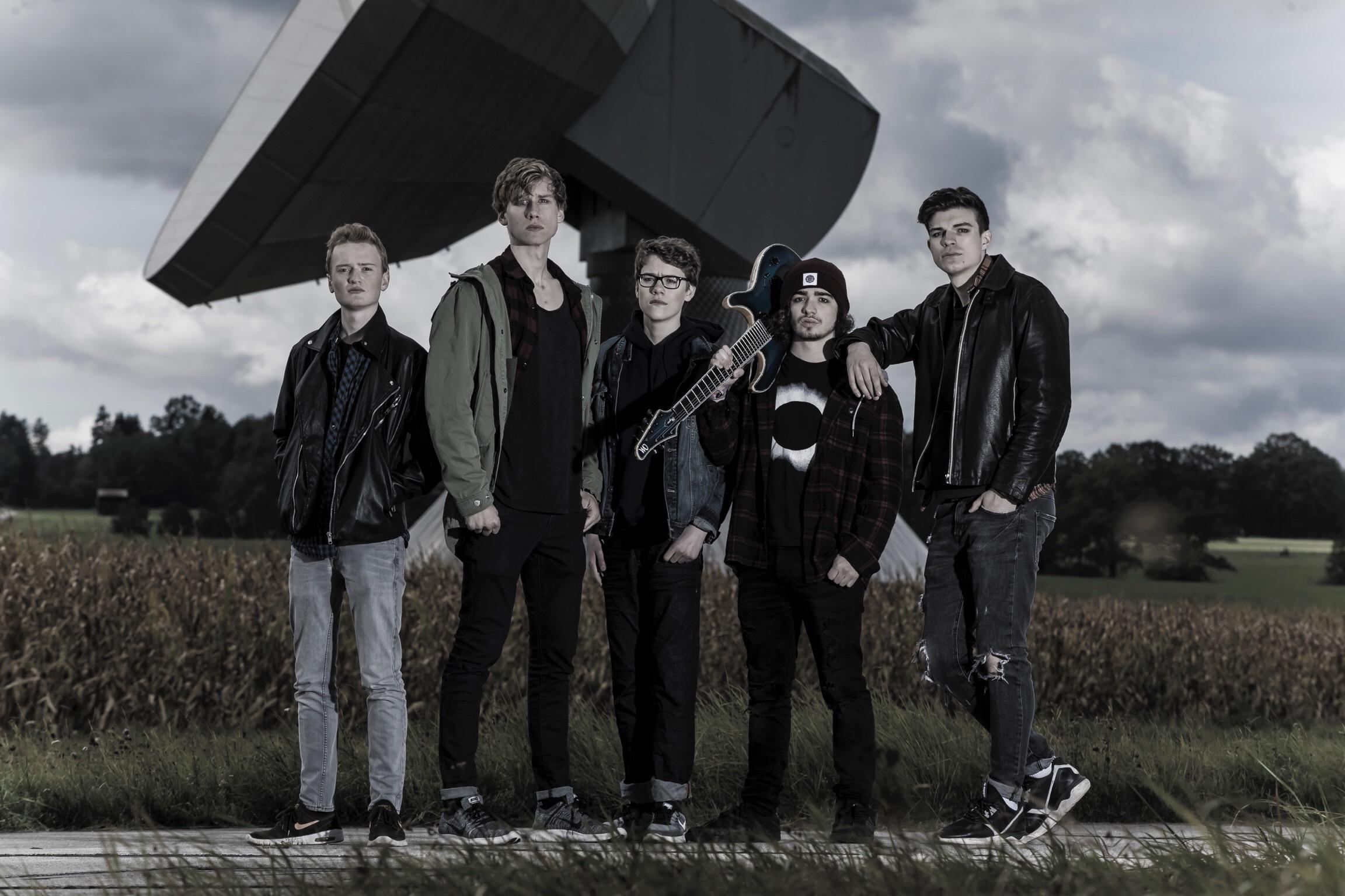 beyond-brigthness-crowdfunding-aktion-zum-debut-album