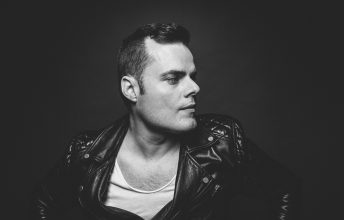 one-vision-of-queen-feat-marc-martel-die-spektakulaerste-queen-tribute-show