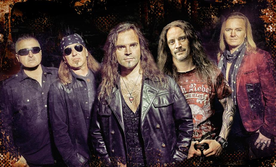 bonfire-fistful-of-fire-tour-backstage-06-04-2020