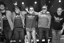 the-servants-rocken-am-04-07-2020-im-zirkuszelt-in-gelsenkirchen