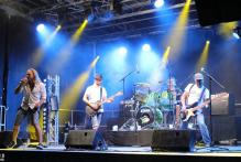 einzigartiges-festival-in-rattenberg-es-darf-wieder-gerockt-werden-natuerlich-mit-abstand